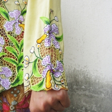 Yellow Kebaya Details
